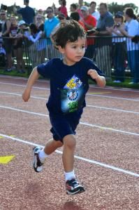 I can't believe he has better form than I do.  He also has better race photos.